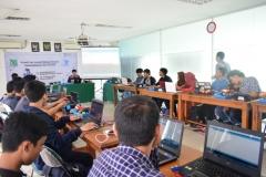 Himpunan Mahasiswa Teknik Informatika Gelar Workshop Kreatif dan Inovatif Robotik (10)