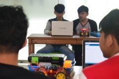 Himpunan Mahasiswa Teknik Informatika Gelar Workshop Kreatif dan Inovatif Robotik (5)
