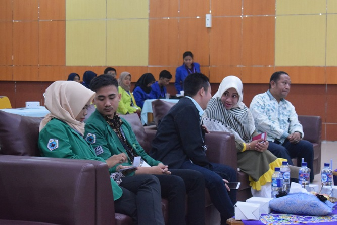 Ikatan Lembaga Mahasiswa Ilmu Keperawatan Indonesia (ILMIKI) melangsungkan diskusi Undang-Undang dan Praktik Keperawatan (1)