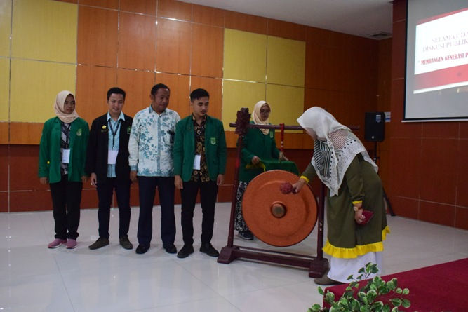 Ikatan Lembaga Mahasiswa Ilmu Keperawatan Indonesia (ILMIKI) melangsungkan diskusi Undang-Undang dan Praktik Keperawatan (23)