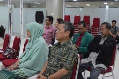 para tamu undangan dari dosen yang menghadiri acara seminar