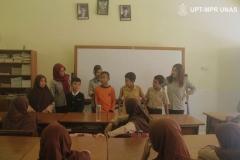 kegiatan-bina-desa-berupaa-sosialisasi-ke-SD-setempat-masyarakat-Pabangbon-oleh-mahasiswa-HIMAJEM