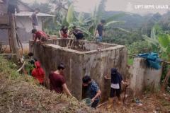perbaikan-bak-penampungan-air-pada-kegiatan-bina-desa