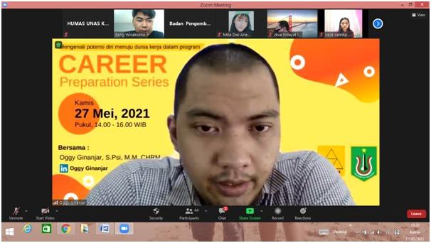 Pembicara-dalam-kegiatan-carrier-preperation-series