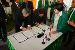 Penandatanganan Nota Kesepahaman antara Universitas Nasional dengan Cyber Hankuk University Of Foreign Stugies