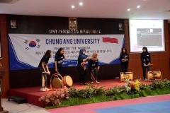 Pertunjukan dari mahasiswa Unas pada saat acara kerjasama dengan Chung-Ang university