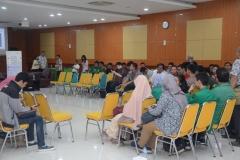 Kegiatan diskusi dengan Badan Standart Nasinal di Aula Universitas Nasional