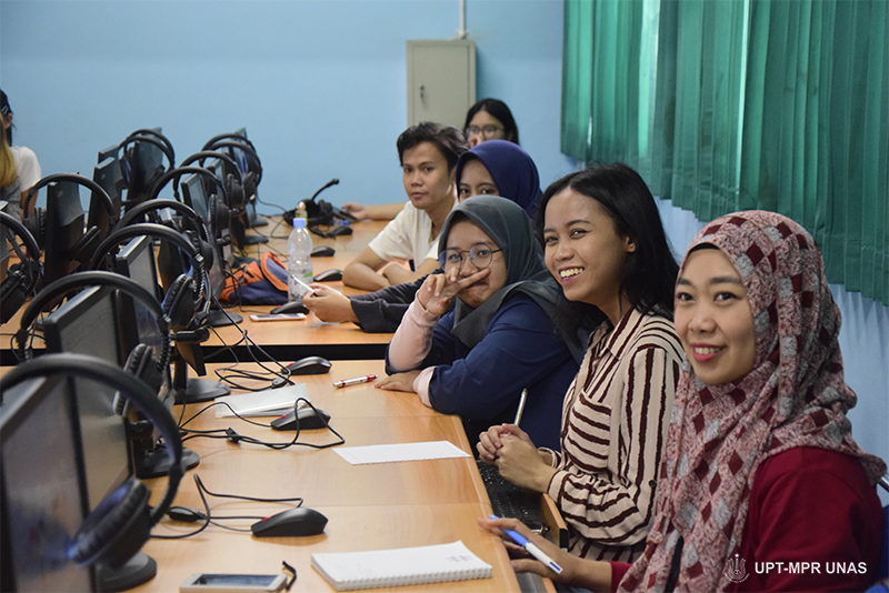 pelatihan video web sastra