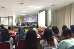 para perserta dalam seminar (2)