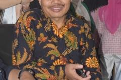 Dekan Fakultas Sastra Bapak Somadi saat acara Oktoberan