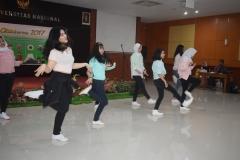 dance cover oleh program studi Korea