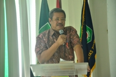 Keynote speaker Prof. Dr. Ir. Wahyuddin Latunreng, MBA