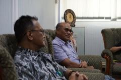 (Kiri-kanan) Direktur Akparnas Eddy Guridno S.E., M.Si.M. dan Rektor Universitas Nasional Dr.Drs. El Amry Bermawi Putera, M.A
