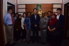 Foto bersama Rektor Universitas Nasional  Dr. El Amry Bermawi Putera. M.A  dengan Manager Of  King Sejong Institute serta para jajaran UNAS dan Jajaran King Sejong Institute (2)