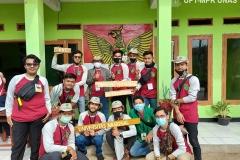 Foto bersama dosen dan mahasiswa peserta KKL