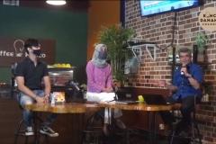 Meka Yolanda Zahra dan Andika, dua mahasiswa Unas menjadi narasumber dalam kegiatan 'Konco Talk' di Koffee Konco