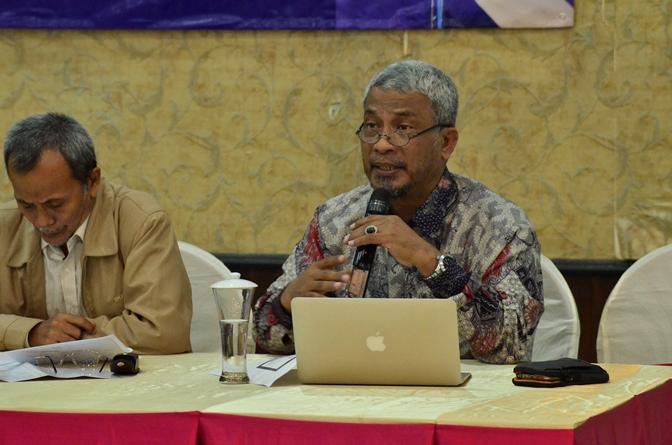 Narasumber Dr. T.B Massa Jafar Dosen Ilmu politik