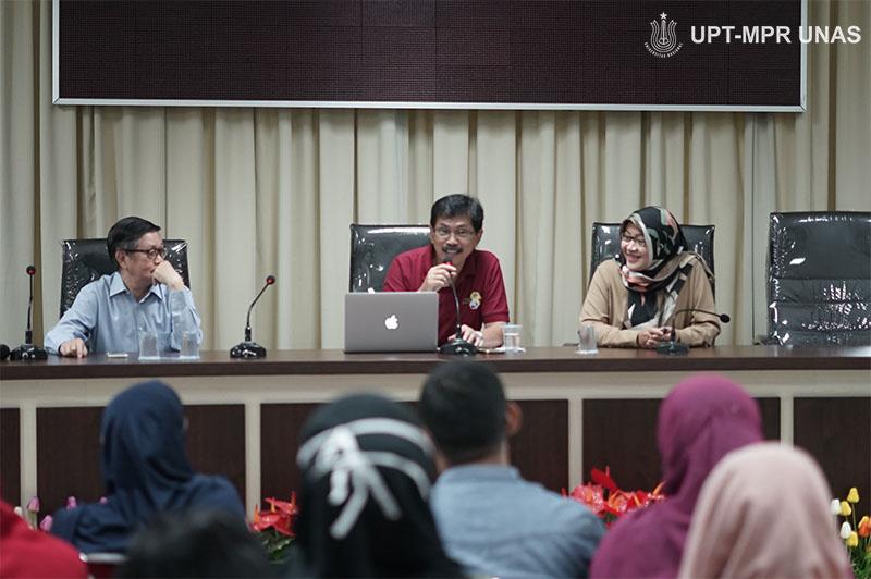 "Ruang Diskusi dengan tema ""Virologi dan Epidemiologi Covid-19"" pada Sabtu (7/3) di Menara UNAS lantai 3, Ragunan."