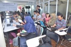 para mahasiswa teknik fisika dalam acara kuliah umum
