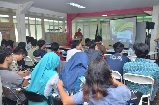 suasana ruang sang sang university dalam acara kuliah umum