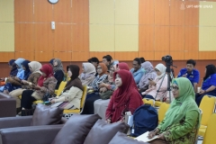 Suasana-Kuliah-Umum-Introduction-to-Systematic-Reviews-and-Systematic-Maps