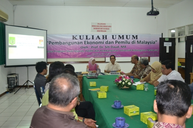 Kuliah Umum dan UKM Malaysia