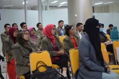 para mahasiswa STIA Bina Benua Banjarmasin sedang mendengarkan materi