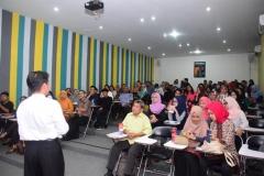Kuliah Umum Public Lecture (Riset For Climate) di UNAS (6)