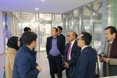 Rektor UNAS Dr.Drs. El Amry Bermawi Putera, M.A bersama rombongan melihat sistem pembelajaran di Korean Polytech University