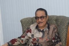 Rektor Universitas Azzahra (Drs. Syamsu A Makka, M.Si.) (2)