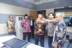 Kunjungan ke studio Edu Inkor Bambu Kuning