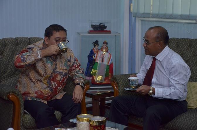 Saat Berbincang-bincang di Ruang Rektorat Universitas Nasional (4)