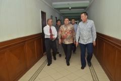 Dr. H. Fadli Zon, S.S., M.Sc. (Wakil Ketua DPR RI) tiba di Universitas Nasional (4)