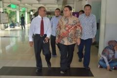 Dr. H. Fadli Zon, S.S., M.Sc. (Wakil Ketua DPR RI) tiba di Universitas Nasional (5)