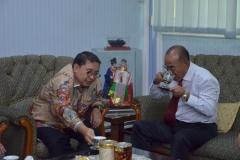 Saat Berbincang-bincang di Ruang Rektorat Universitas Nasional (5)
