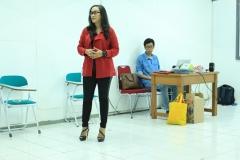 Narsum Saat memaparkan materi di depan mahasiswa Ilmu Komunikasi (1)