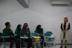 Narsum Saat memaparkan materi di depan mahasiswa Ilmu Komunikasi (2)
