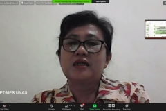Dosen Biologi Universitas Cenderawasih Dr. Lisye Iriana Zebua saat mempresentasikan materinya dalam webinar flora papua yang diselenggarakan Lembaga Penelitian dan Pengabdian Kepada Masyarakat (LPPM) Universitas Nasional pada Rabu, (14/10) di Jakarta.