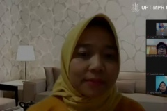 Dosen Fakultas Kesehatan saat mengikuti Webinar Series : Kontribusi Sains dan Teknologi Dalam Pencegahan dan Penanggulangan Covid-19 di Jakarta, pada Sabtu, 20 Juni 2020
