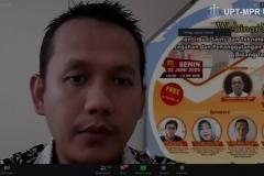 Salah satu dosen yang mengikuti Webinar Series : Kontribusi Sains dan Teknologi Dalam Pencegahan dan Penanggulangan Covid-19 (Bidang Teknologi), di Jakarta pada Senin, 22 Juni 2020