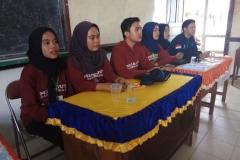 Para mahasiswa FIKES UNAS saat sedang melakukan KKN merajut nusantara II di Kabupaten Sambas, Kalimantan Barat, 11-24 Maret 2019