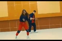 """Penampilan video dance dari pengurus Himajem Juan dan Sulis pada acara Management Day 2021 dengan tema """"Mengeratkan Solidaritas dan Mengaktualisasikan Karakter Diri"""" diselenggarakan oleh HIMAJEM FEB UNAS pada Sabtu, 9 Oktober 2021"""