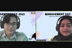 """Host Anugrah Rega dan Diva Aprilia  pada acara Management Day 2021 dengan tema """"Mengeratkan Solidaritas dan Mengaktualisasikan Karakter Diri"""" diselenggarakan oleh HIMAJEM FEB UNAS pada Sabtu, 9 Oktober 2021"""