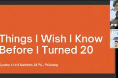 """Pemateri pertama Kepala Bidang Konseling UNAS Syazka Kirani Narindra, M.Psi., Psikolog pada acara Management Day 2021 dengan tema """"Mengeratkan Solidaritas dan Mengaktualisasikan Karakter Diri"""" diselenggarakan oleh HIMAJEM FEB UNAS pada Sabtu, 9 Oktober 2021"""