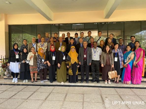 foto-bersama-APTIKOM-di-Sathyabama-Institute-of-Science-and-Technology