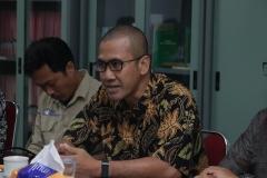 Perwakilan Yayasan Inisisasi Alam Rehabilitasi Indonesia (YIARI)