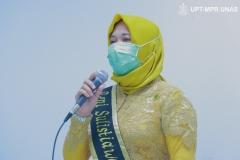 Pemberian ucapan mahasiswa Program Studi Pendidikan Profesi Ners Fakultas Ilmu Kesehatan