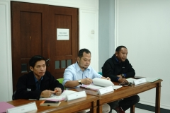 (Kiri-kanan) Agung Iswadi, Khairul Fuad, dan Kepala Biromawa Kamaruddin Salim, S.Sos.,M.Si.
