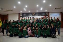 foto bersama pengurus dan anggota himpunan mahasiswa ilmu administrasi publik