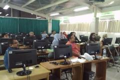 Dosen Ilmu Komunikasi saat mengikuti pelatihan blended learning